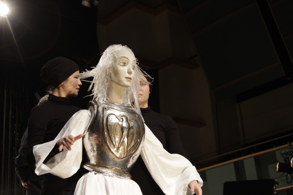 Olivia's Aria by Maria Kallionpää was premiered at the Pori Opera Gala on the 25th Nov. 2016 by sopran Anna-Kristiina Kaappola and Pori Sinfonietta. Olivia Puppet by Viktor Antonov, Puppeteers Anna Nekrassova & Jenni Rutanen.